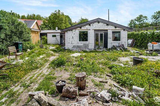 Villa på Hestehaven i Valby - Ejendommen