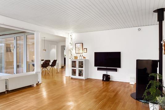 Villa på Bredekærs Vænge i Ishøj - Stue