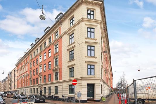 Ejerlejlighed på Absalonsgade i København V - Ejendommen