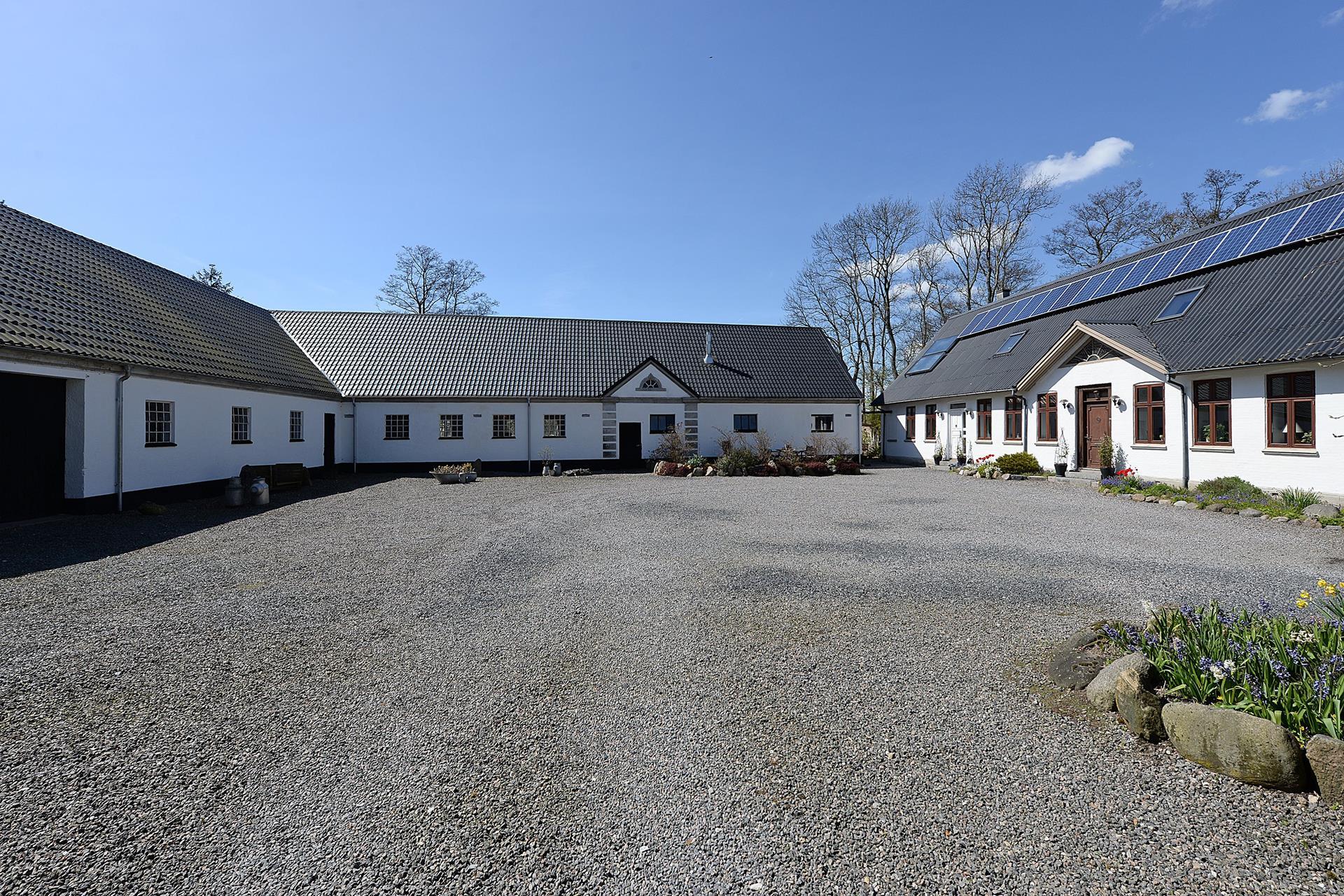 Landejendom på Søndergade i Nørre Aaby - Gårdsplads