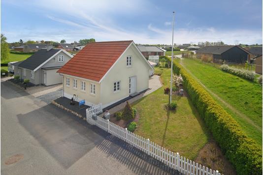 Villa på Mikkelsbro i Nørre Aaby - Mastefoto