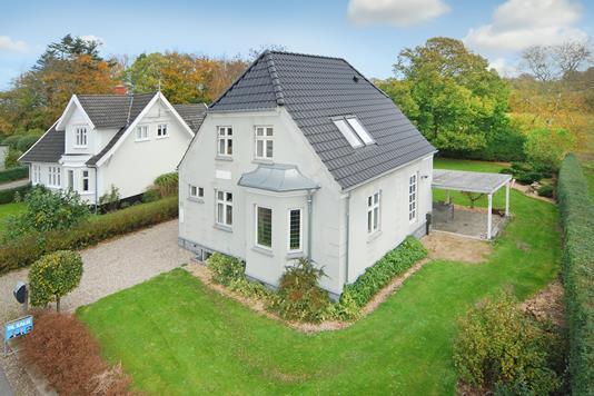 Villa på Brenderupvej i Brenderup Fyn - Mastefoto