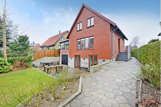 Villa på Gl Banegårdsvej i Middelfart - Facade