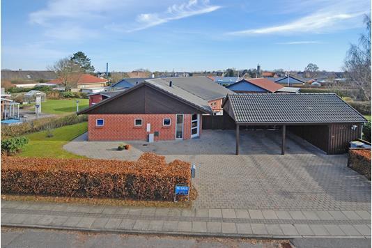 Villa på Nøddelunden i Nørre Aaby - Mastefoto