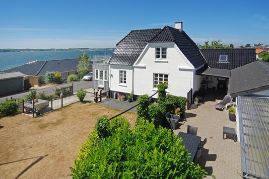 Villa på Øster Alle i Middelfart - Mastefoto