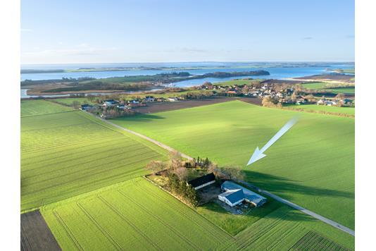 Landejendom på Holmegårdvej i Middelfart - Luftfoto