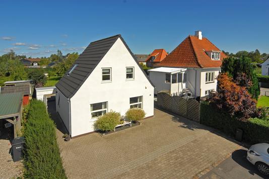 Villa på Assensvej i Middelfart - Ejendommen