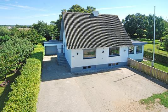 Villa på Ørslevvej i Ejby - Mastefoto