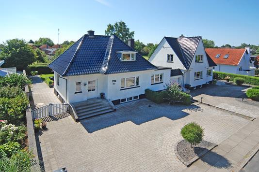 Villa på Østergade i Nørre Aaby - Mastefoto