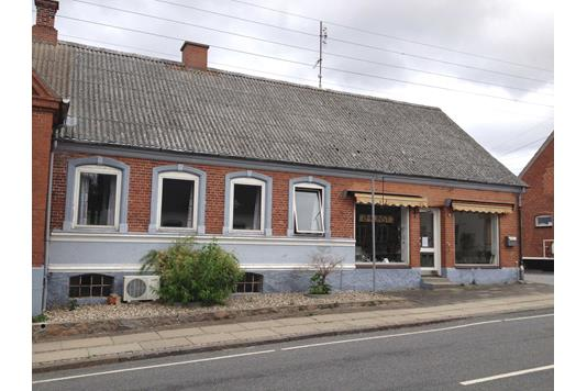 Villa på Østerbro i Søby Ærø - Ejendommen