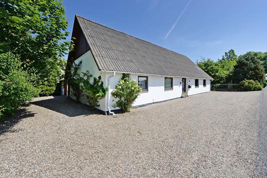 Villa på Åsvej i Ørbæk - Ejendommen