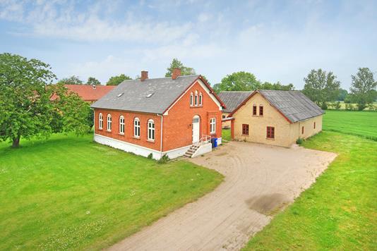 Landejendom på Skellerup Byvej i Ullerslev - Mastefoto