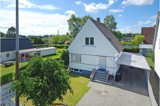 Villa på Odensevej i Langeskov - Ejendommen