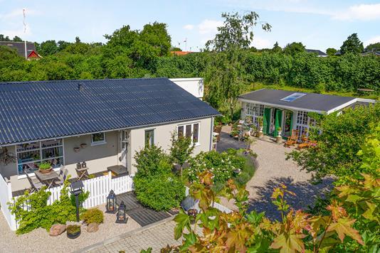 Villa på Spangevej i Haarby - Ejendom 1