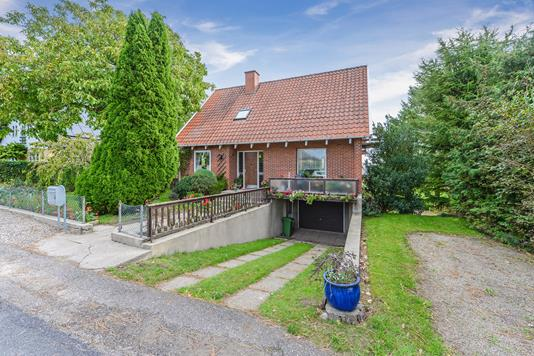 Villa på Brandholmvej i Broby - Ejendommen