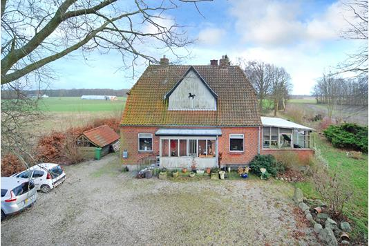 Villa på Odensevej i Ørbæk - Mastefoto