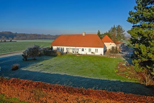 Landejendom på Skovhavevej i Odense S - Mastefoto