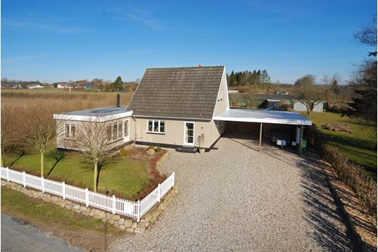 Villa på Amerikavej i Broby - Mastefoto