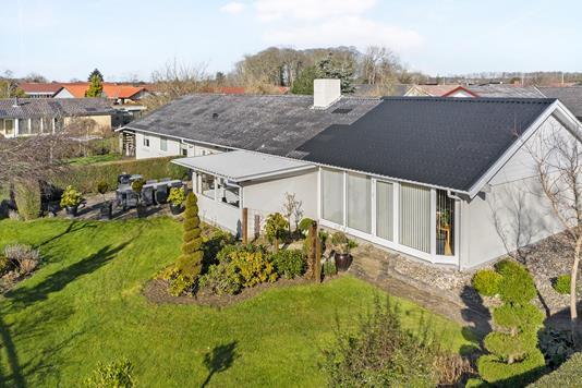 Villa på Bøgevej i Haarby - Ejendom 1