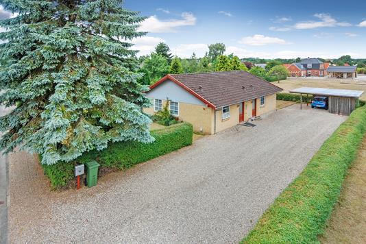 Villa på Rosenvænget i Broby - Mastefoto