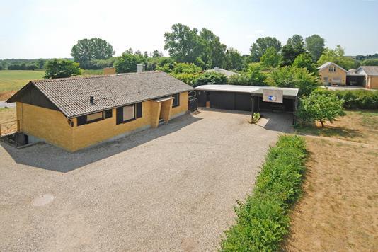 Villa på Assensvej i Broby - Mastefoto
