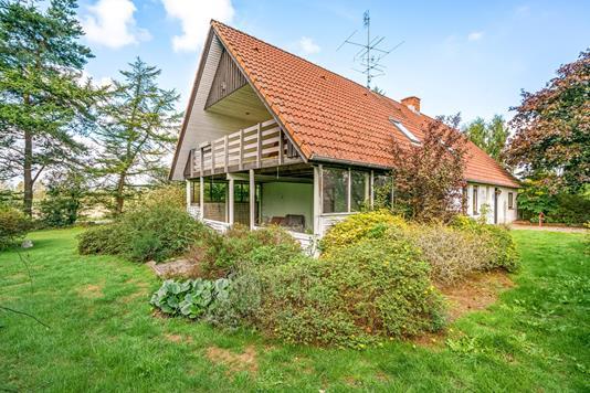 Villa på Linien i Haarby - Ejendommen