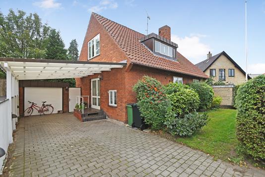 Villa på Christian X's Alle i Kongens Lyngby - Ejendom 1