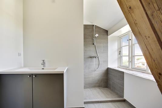 Ejerlejlighed på Hustoftevej i Brønshøj - Badeværelse