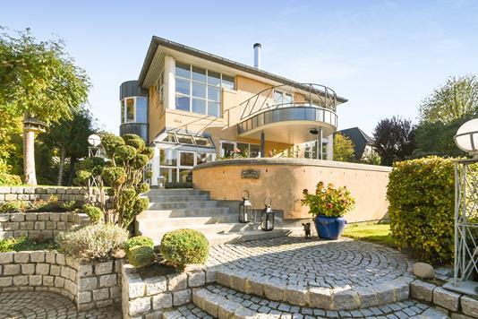 Villa på Slotsvej i Charlottenlund - Ejendom 1