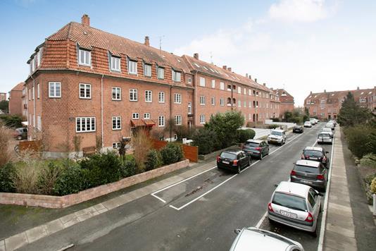 Villa på Valmuevej i København S - Ejendommen