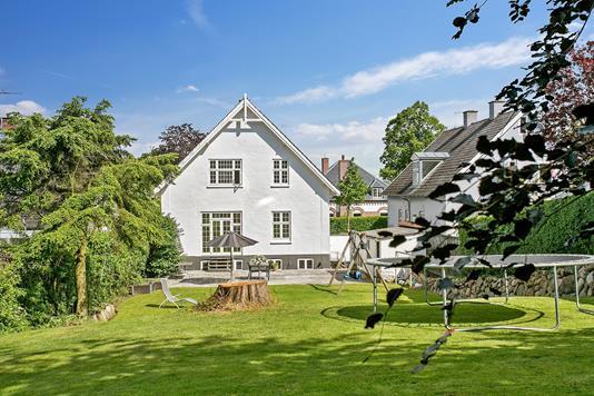Villa på Kalundborgvej i Holbæk - Have