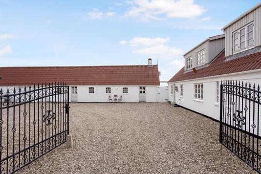 Landejendom på Lerchenfeldvej i Kalundborg - Ejendommen