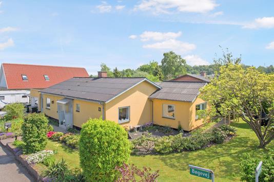 Villa på Bøgevej i Hvalsø - Ejendom 1