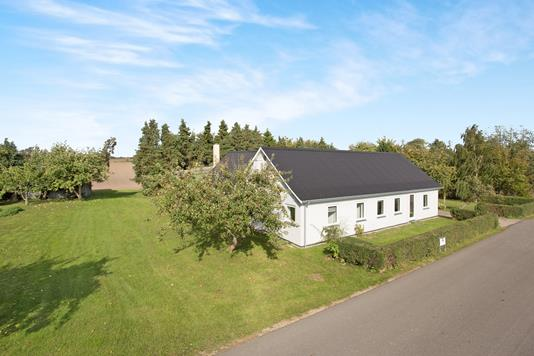 Villa på Eriksholmvej i Vipperød - Ejendom 1