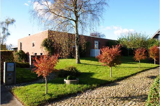 Villa på Rønnehaven i Lystrup - Ejendommen