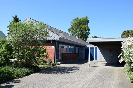 Villa på Stokbrovej i Lystrup - Andet