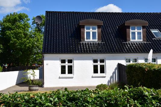 Villa på Vanggårdsvej i Hjortshøj - Ejendommen