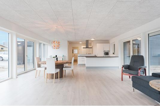 Villa på Kærløkken i Lystrup - Alrum