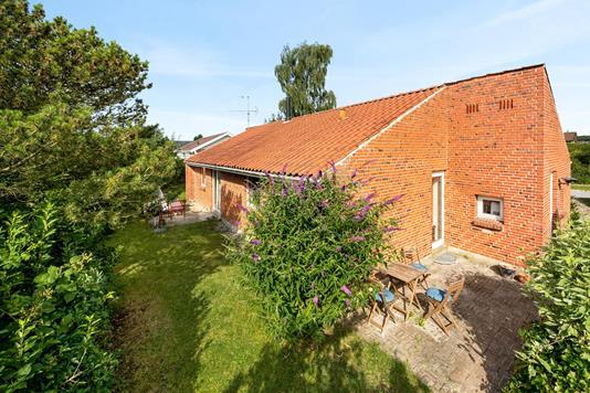 Villa på Hindbærhaven i Lystrup - Ejendommen