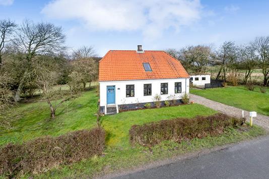 Villa på Ørnstrupvej i Lystrup - Ejendommen