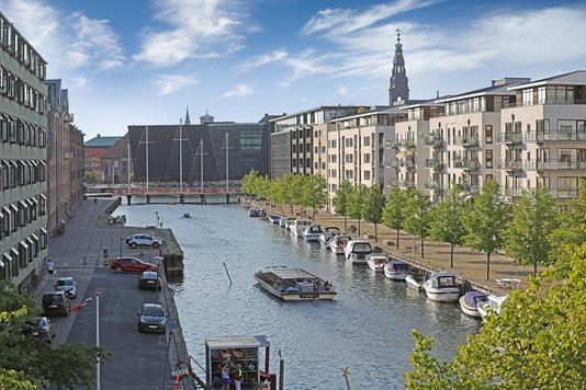 Ejerlejlighed på Overgaden Oven Vandet i København K - Område