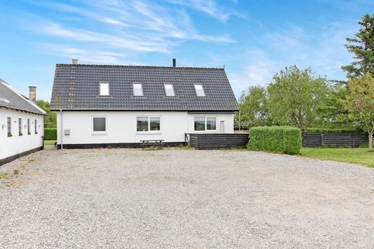 Villa på Manna Mosevej i Tylstrup - Hus
