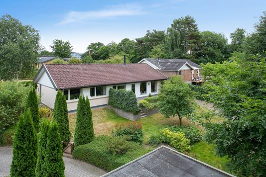 Villa på Umanakvej i Vejle - Set fra vejen