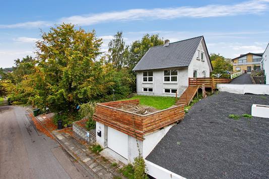 Villa på Kastanievej i Vejle - Set fra vejen