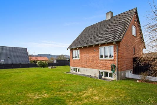 Villa på Knabberupvej i Vejle - Ejendommen