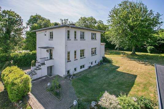 Villa på Overholmvej i Hedensted - Ejendommen