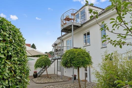 Villa på Rønshovedvej i Vejle - Set fra vejen
