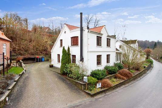 Villa på Fundersvej i Vejle - Set fra vejen