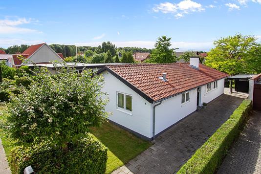 Villa på Gartnervænget i Vejle - Set fra vejen