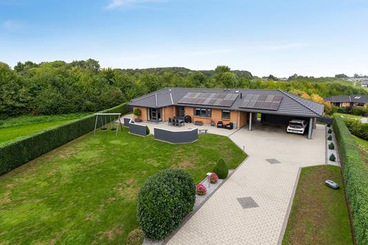 Villa på Frugthaven i Vejle Øst - Set fra vejen